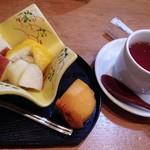 和食 喜友 - 甘味セット、水菓子と紅茶