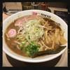 東京アンダーグラウンドラーメン 頑者 - 料理写真:ラーメン L 780円