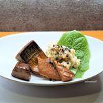 ねぎま - 燻製盛り、鯖、笹カマ、チーズ、鮪トロ、大人のポテトサラダ