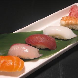 〆にお寿司をご用意出来ます!