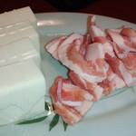 龍 - 豆腐・豚肉
