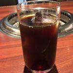 上野 太昌園 - 食後のアイスコーヒー。ホットコーヒーかシャーベットかも選べます。