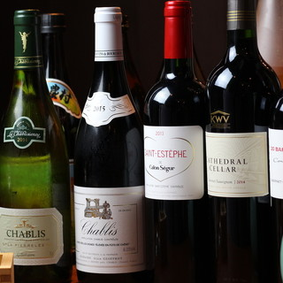 ワイン好きに捧ぐ!絶品肉と豊富な種類のワインでがぶ飲み決定☆