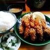 とんかつ春 - 料理写真:カキフライ定食 1080円(税込) ライスの大盛はサービス。他味噌汁と葉も含めた大根の漬物。