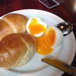 カフェ&バー コルト - 半熟卵が嬉しい