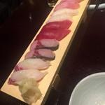 跳魚 - 寿司10貫