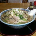 まるもと食堂 - 料理写真:タンメン 650円
