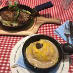 ラケル パン - きのこクリームオムライス(トリュフ添え)とふっくらジューシーハンバーグ