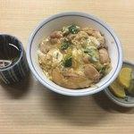 殿田 - 親子丼 ¥700-