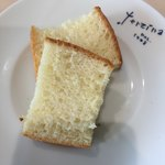 カフェ テルツィーナ - 牛乳パン