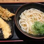 水道橋麺通団 - あつかけ中350円、かきあげ、イカ各50円(月曜日アゲアゲデーで半額)