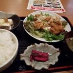 旬の鮮魚と個室 楽の宴 - 唐揚?油淋鶏!