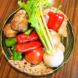 京都大原産自家農園の新鮮有機野菜をふだんに使用!