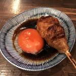 焼鶏だんな - 蘭王卵月見つくね(260円)