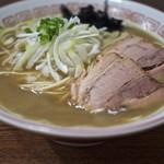 煮干中華そば専門 煮干丸 - 料理写真:
