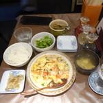 チャイニーズダイニング方哉 - エビトマト卵炒め定食950円