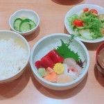 鮨芳 - お刺身定食(1050円)【平成29年11月06日撮影】