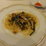 7611788 - ベーコンとホウレン草のスパゲッティ(980円)