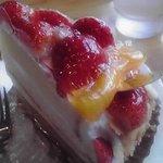 ベニス洋菓子店 - 料理写真:いちごづくし