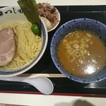 つじ田 - 濃厚豚崩しつけ麺