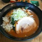 みちすけ - 料理写真:濃厚魚介味噌らーめん(860円)