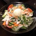 喜三郎農場 - こだわり温泉卵のシーザーサラダ