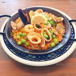 カフェアンドバー チェルキオ - 料理写真:魚介のパエリア