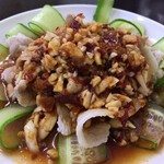 中華大千居 - 豚バラ肉のニンニク味付け