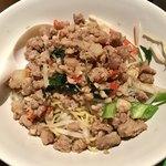 チャオタイ - 「バミー ヘーン ガパオ(汁なしガパオ麺)」(800円)