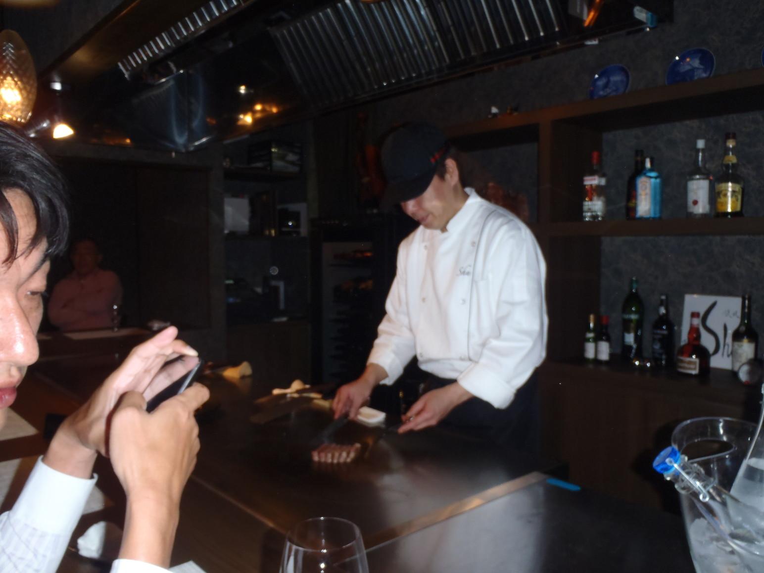 鉄板DINING Shu