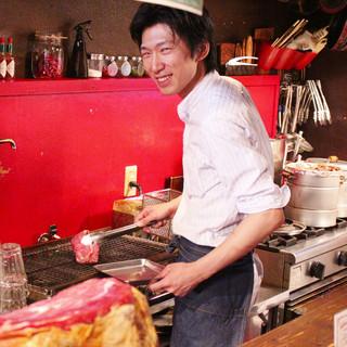 経験豊富な腕利き料理人が提供する肉料理!
