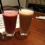 和酒と旬菜なごみ料理 日月 - イチゴ豆乳とはちみつ、バナナ豆乳とはちみつ