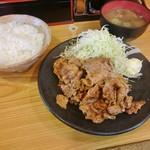 葡萄亭 - 豚の生姜焼き定食 820円