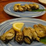 割烹 魚仙 - 佐渡カキ塩焼き800円
