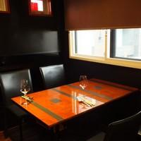 2Fレストランテーブル席
