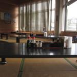 道の駅 桜島 火の島 めぐみ館 - 店内の座敷部分
