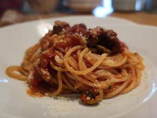 ラピ - 北条鹿のサルシッチャのトマトソーススパゲッティ