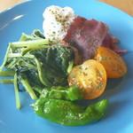 サニーキッチン - セットのサラダ