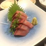 天ぷら新宿つな八 - 鰤のお刺身