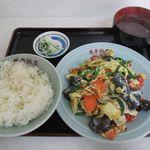 鳳華飯店 - 料理写真:きくらげと豚肉卵炒めライス(2017/11/07撮影)