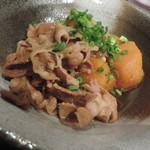月光食堂 - 牛バラ肉とカボチャの煮物