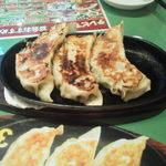 萬福大飯店 - ジャンボ餃子は大迫力です