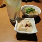 甘太郎 - 長芋たまり漬けとレモンサワー