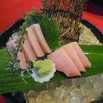 魚料理の店 鮮魚まるふく - びん長刺