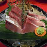 魚料理の店 鮮魚まるふく - 寒ぶり刺