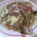 宝来軒別館 - 料理写真:皿うどん太麺1000円