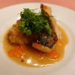 ピッツェリア・サバティーニ - 真鱈の白ワイン風味のローストとイクラ