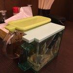 山形屋西洋酒場 - 辛子高菜とショウガ。ショウガは無着色です( ^ω^ )