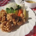 でんでんカフェ - 料理写真:鶏の竜田揚げランチ(大盛り)