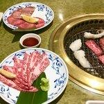 焼き肉 宝山 -